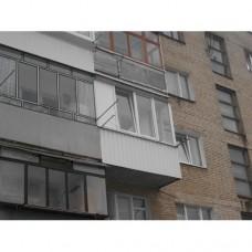 Балкон засклений 011