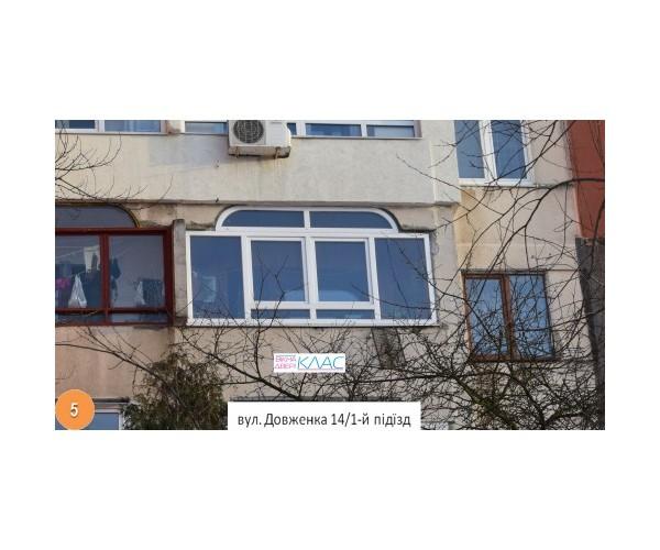 Балкон засклений 005