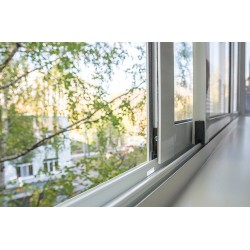 Розсувні вікна на балкон